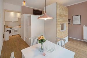 Helle Designer-Wohnung