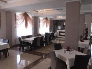 Hotel Oscar, Hotely  Piatra Neamţ - big - 98