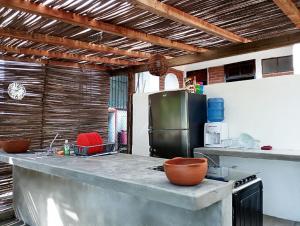 Puerto Dreams Surf House, Гостевые дома  Пуэрто-Эскондидо - big - 23