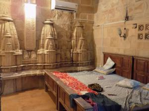 Hotel Deep Mahal, Bed & Breakfasts  Jaisalmer - big - 1