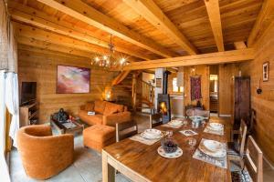 Location gîte, chambres d'hotes Chalets Shangrila dans le département Hautes alpes 5
