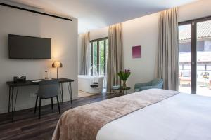 Boutique Hotel Sant Jaume (3 of 58)