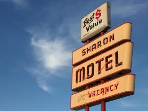 Sharon Motel, Motels - Wells