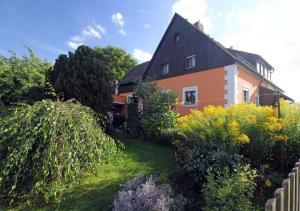 Ferienwohnung Waldstraße - Kleinbüchlberg