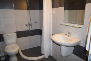 Hotel Eva, Hotely  Ravda - big - 2