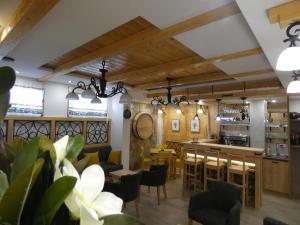Villa Natural Wood, Ferienwohnungen  Zlatibor - big - 48