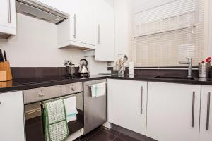 Delightful 2BD Apartment In The Heart Of Pimlico, Apartmány  Londýn - big - 8