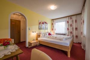 Gästehaus Gisela - Hotel - Bruck am Ziller