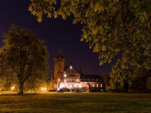 Gästehaus Schloss Saareck, Отели  Метлах - big - 73