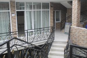 Rudi Guest House, Penzióny  Batumi - big - 5