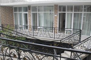 Rudi Guest House, Penzióny  Batumi - big - 26