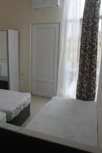 Rudi Guest House, Penzióny  Batumi - big - 12
