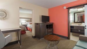 Best Western Plus St. Simons, Отели  Сент-Саймонс-Айленд - big - 19