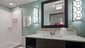 Best Western Plus St. Simons, Hotels  Saint Simons Island - big - 74