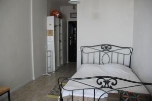 Apartment near the sea 118/120, Appartamenti  Batumi - big - 4