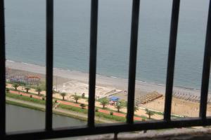 Apartment near the sea 118/120, Appartamenti  Batumi - big - 6