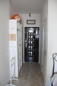 Apartment near the sea 118/120, Appartamenti  Batumi - big - 8