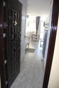 Apartment near the sea 118/120, Appartamenti  Batumi - big - 10