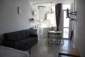 Apartment near the sea 118/120, Appartamenti  Batumi - big - 13