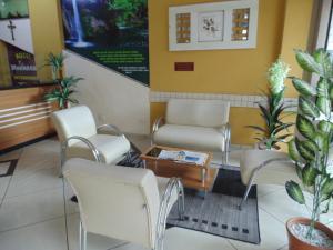 Hotel Makarena, Hotel  Três Corações - big - 1