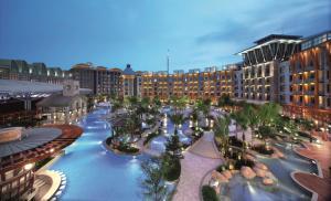 Resorts World Sentosa - Hard R..