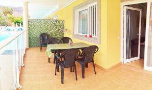 Golden Beach appartement met Pool, Appartamenti  Puerto de Mogán - big - 4