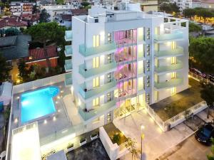 Residence Perla Verde - AbcAlberghi.com