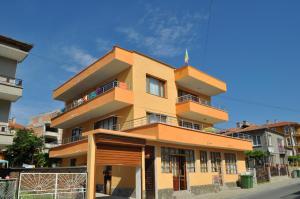 Ivanka Guest House, Обзор