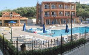 Hostels e Albergues - Ζante Dolphin