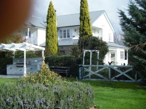 Country Lane Homestay B&b - Accommodation - Palmerston North