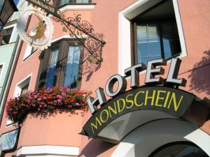 Hotel Mondschein, Hotels  Innsbruck - big - 51