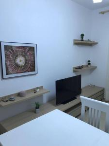 Radhima Beach Apartment - Orikum