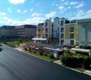 Hotel Palace, Hotely  Kranevo - big - 14
