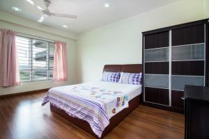 Friendly Guest Home - Salak South