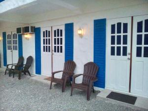 BlueCoco Baler Beach House