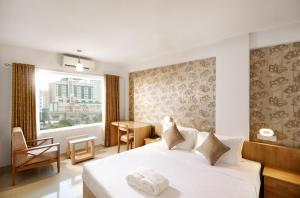 Standard Double or Twin Room Sidra Pristine Hotel and Portico Halls