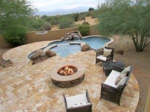 Four Bedroom Troon Desert Escape with Pool & Mtn Views - Tonto Basin