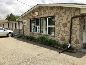 Countryside Motel - Adelaide Metcalfe