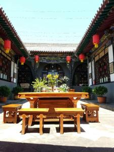 Pingyao Ancient City Zhengxin Caotang Inn, Penzióny  Pingyao - big - 9