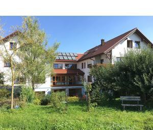 Gästehaus Schmid - Hotel Garni - Berkheim