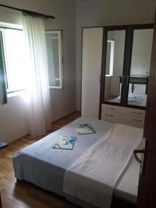 Apartment K2, Apartmány  Radanovići - big - 1