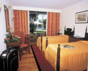 Classic Double or Twin Room with Balcony or Terrace Charming Hotels - Quinta Perestrello