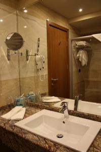 Golden Tulip Varna, Hotels  Varna City - big - 9