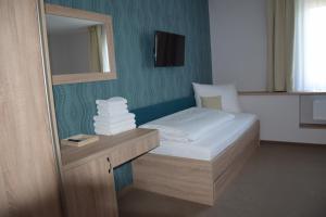 Hotel Rokiten, Hotel  Moravský Krumlov - big - 5
