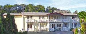 Hotel Pension Bellevue - Bad Doberan