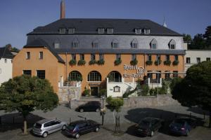 Hotel Lay-Haus - Hohenstein-Ernstthal