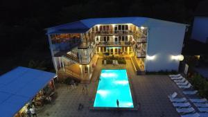 Royal Guest House - Verkhneye Uchdere