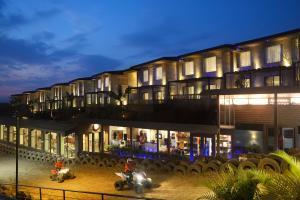 Della Resorts & Villas