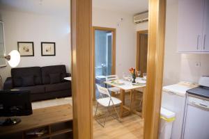 Alaia Holidays Gran Vía, Apartmány  Madrid - big - 59
