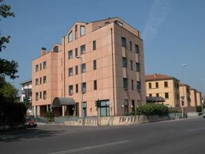Hotel Borghetti - AbcAlberghi.com